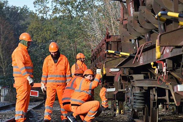 Bahnbranche trotzt der Coronakrise und schafft weiter neue Jobs
